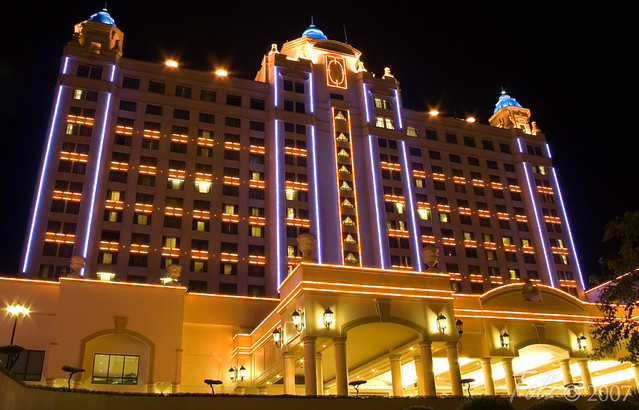Waterfront hotel5