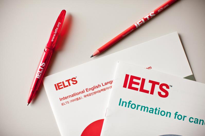 IELTS và TOEFL: Hai bài thi tiếng Anh này khác nhau như thế nào?