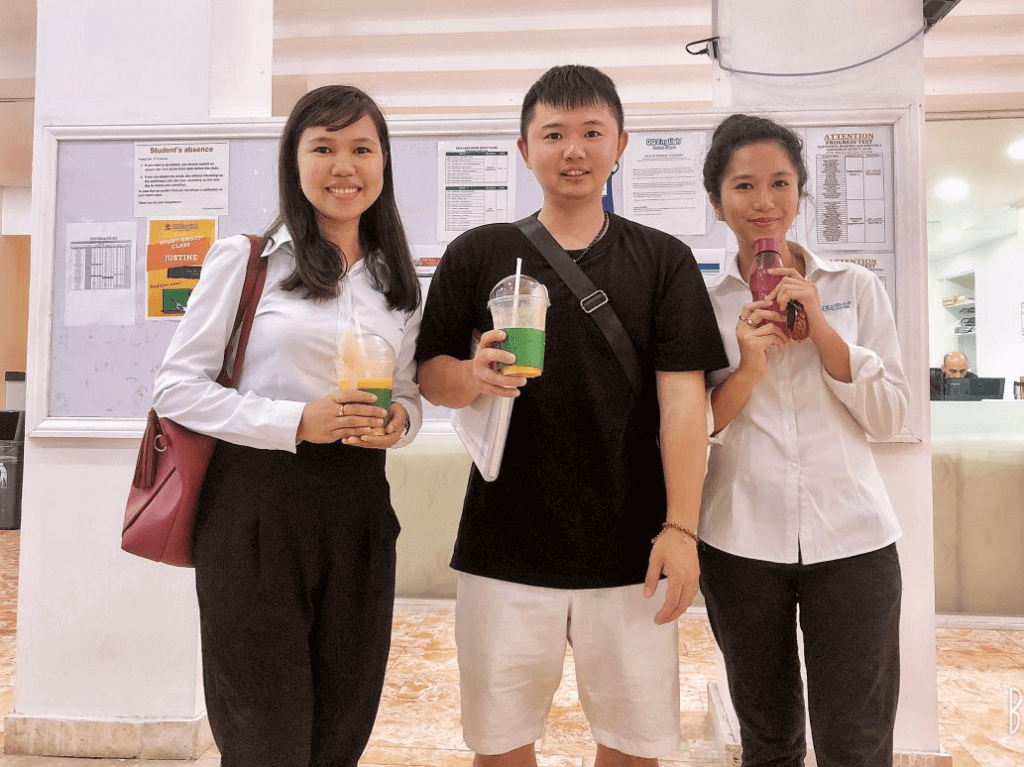 學生White(海濱/24週/標準課程)#1 -QQEnglish遊學心得